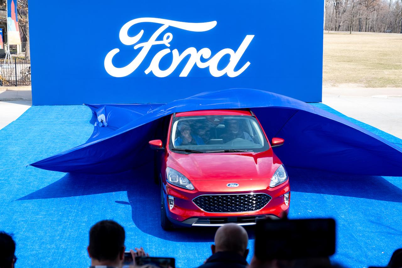 2020 Ford Escape-2