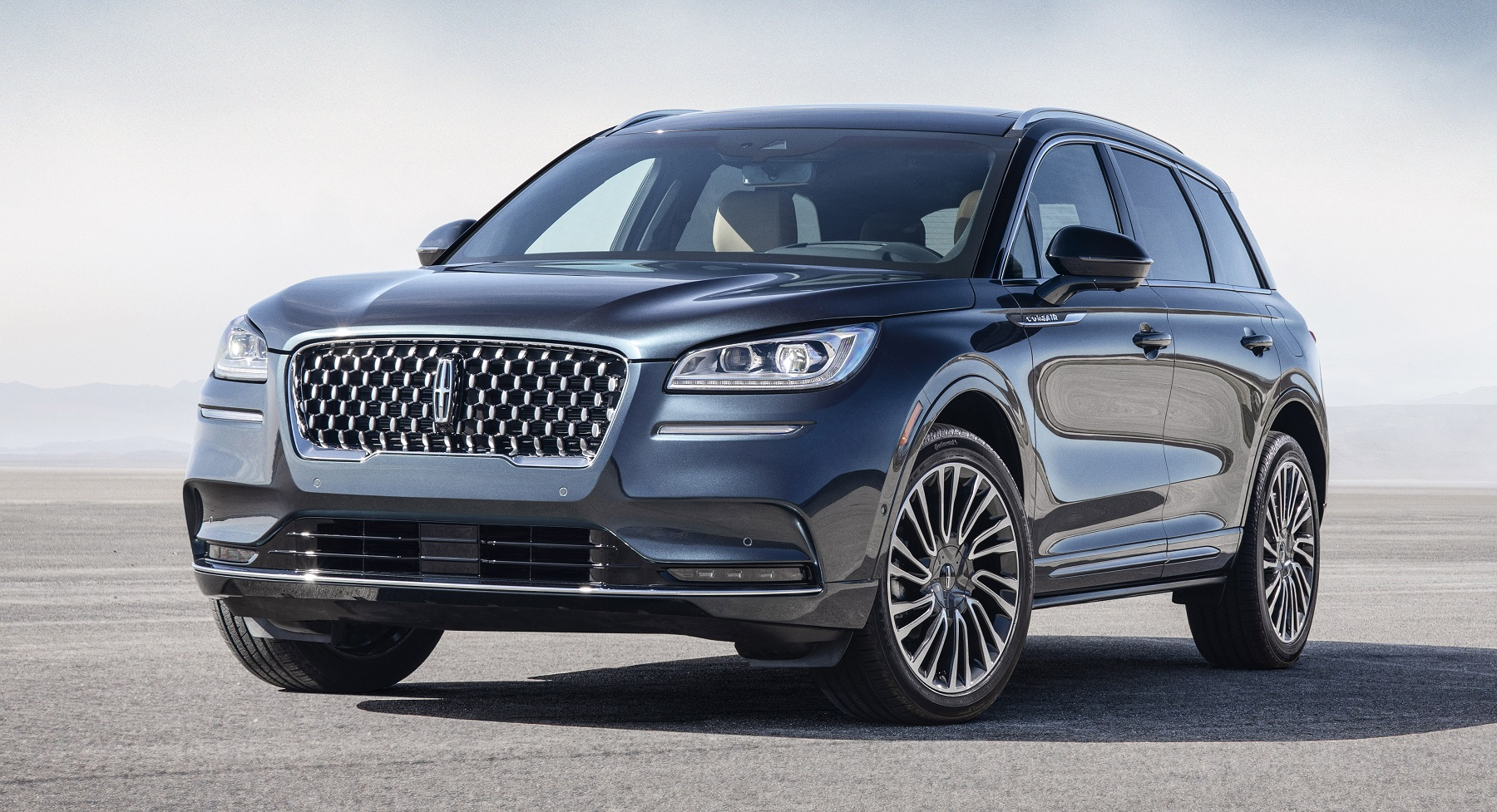 All-New-2020-Lincoln-Corsair-Reserve-Appearance-Pkg_Exterior-01