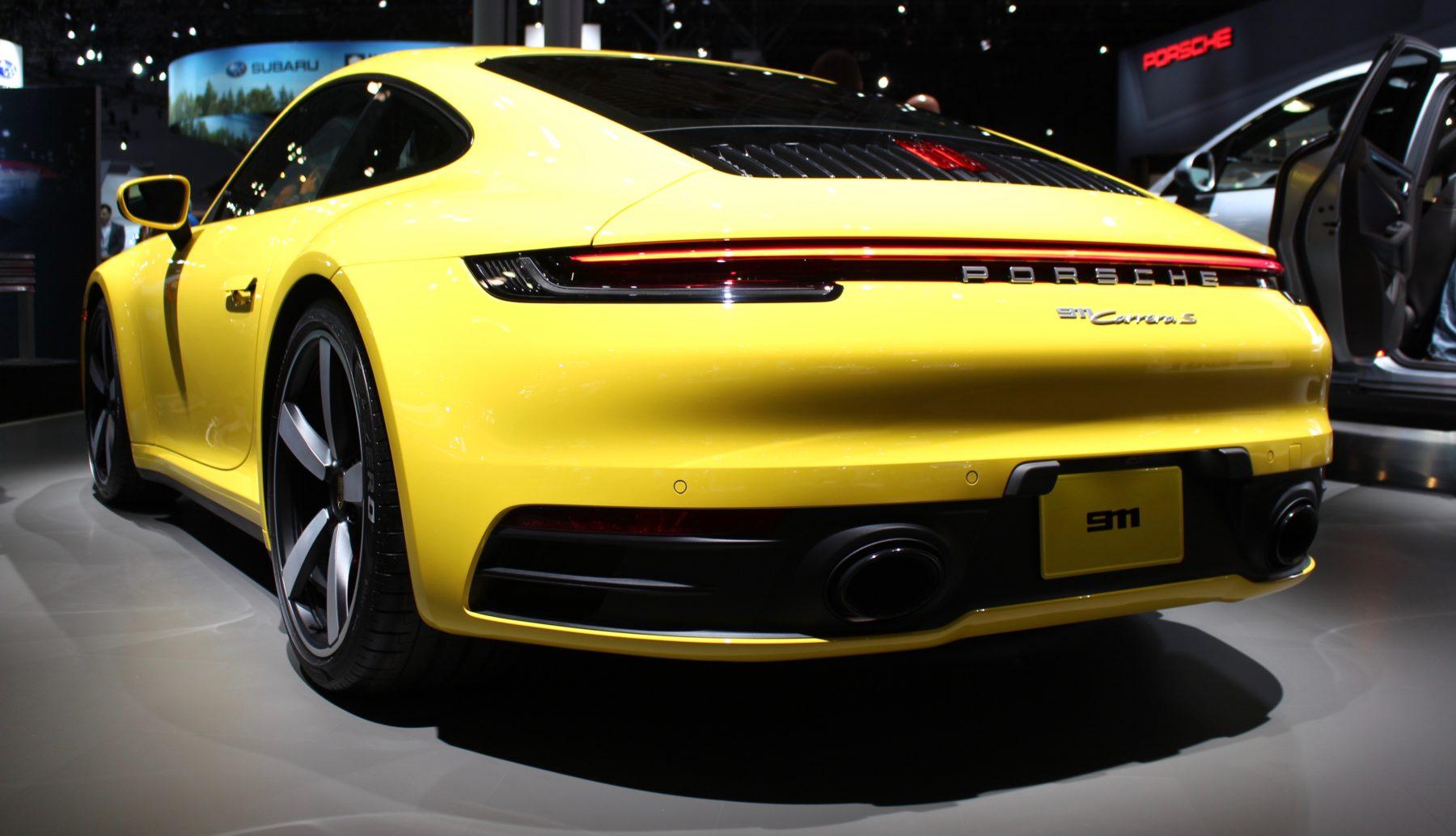 Porsche 992 911