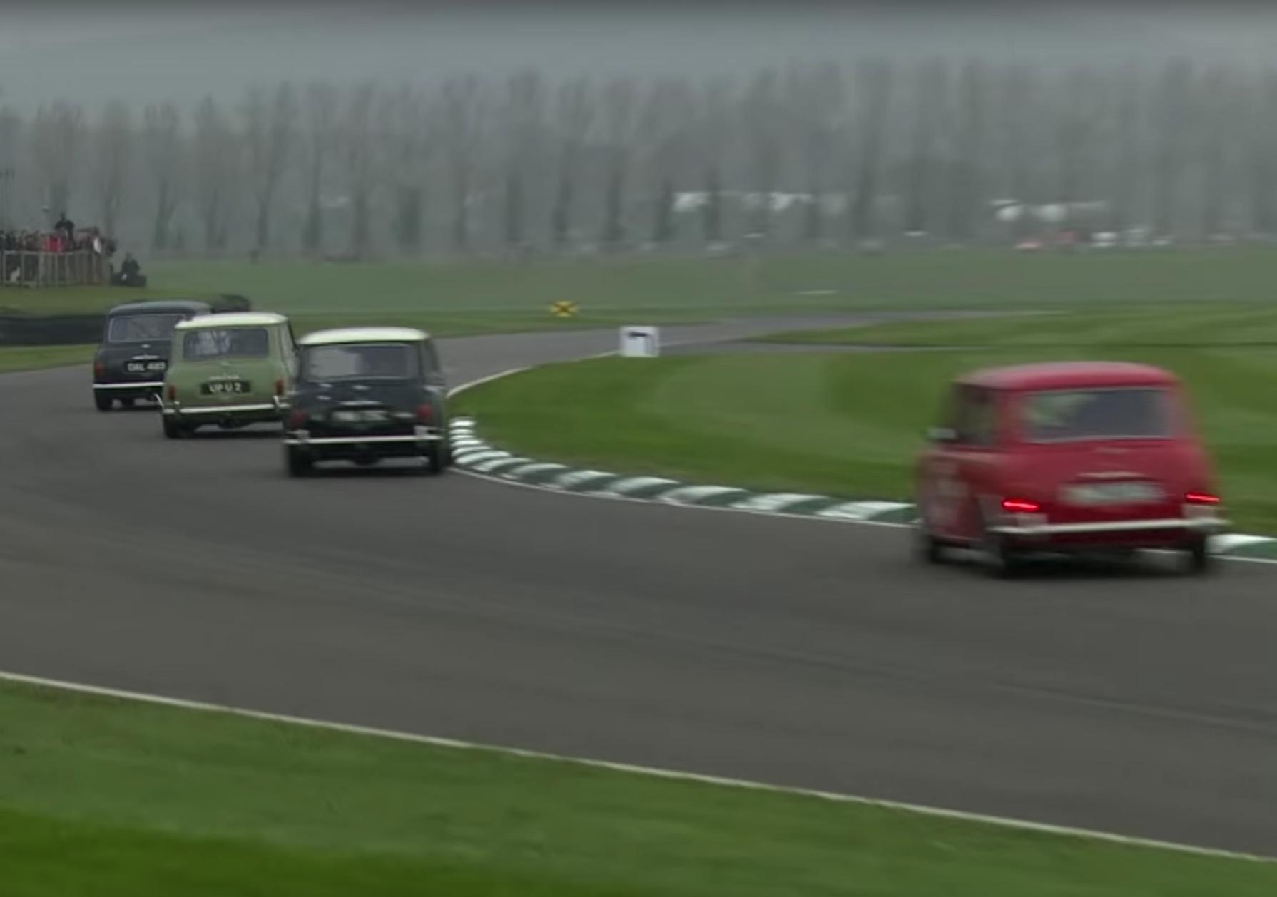classic mini race at goodwood member's meeting