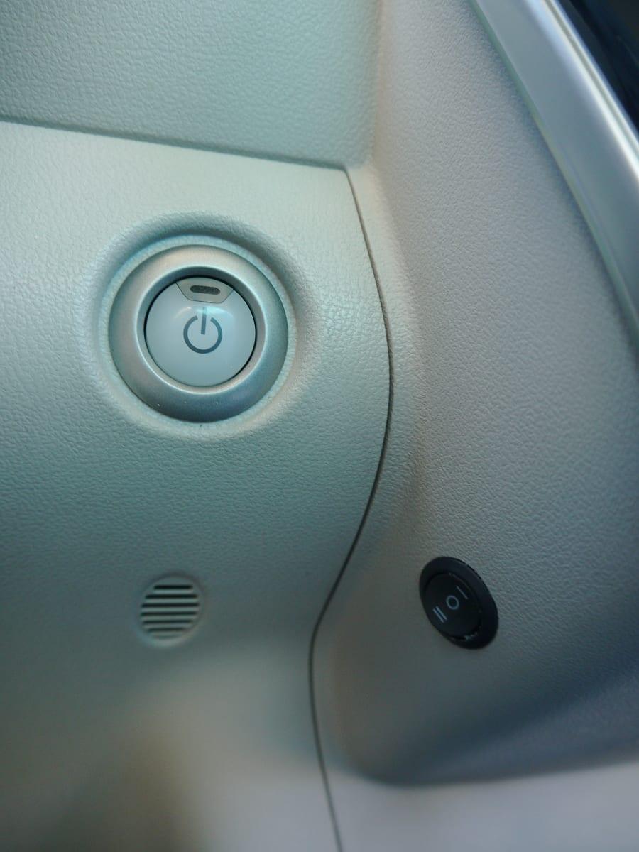 nissan leaf heater button