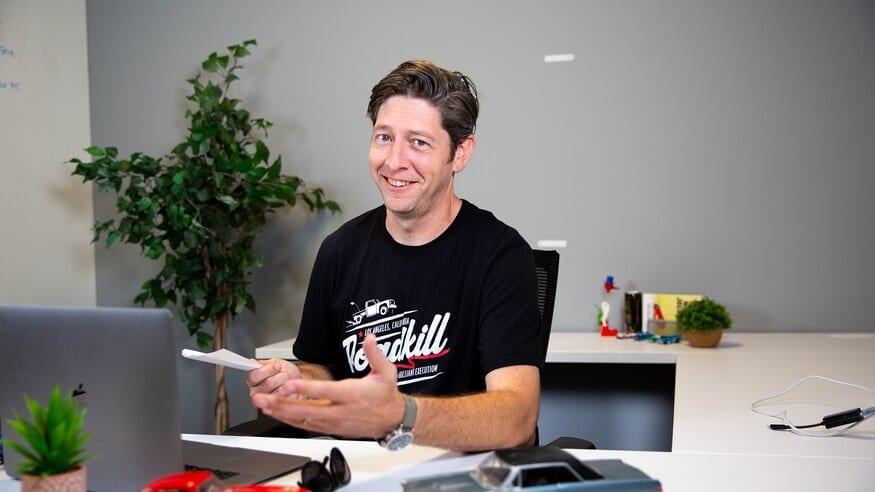 Jeff Glucker hosts Shift Talkers
