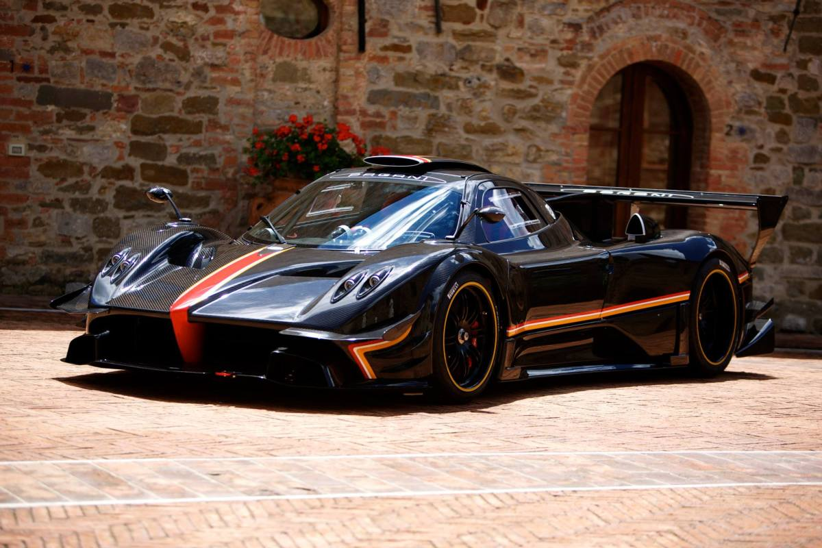 The Pagani Zonda Revolucion Is The Most Ridiculous Supercar Ever Produced Hooniverse