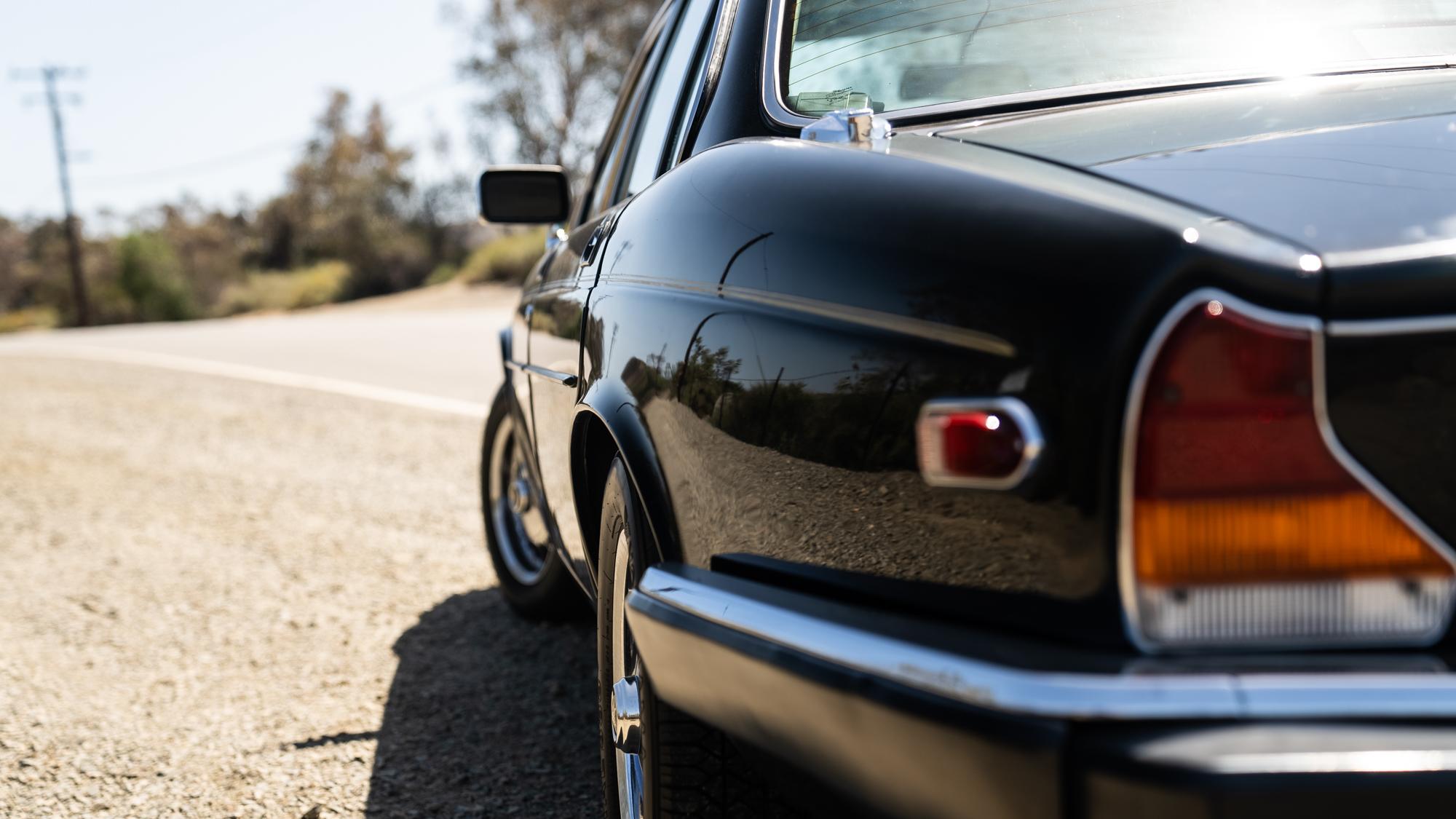 1986 Jaguar XJ6 rear