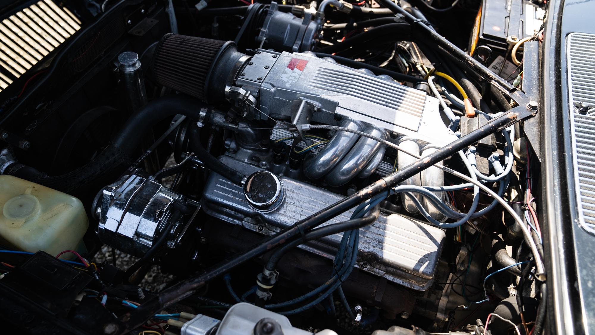 1986 Jaguar XJ6 engine v8 swap