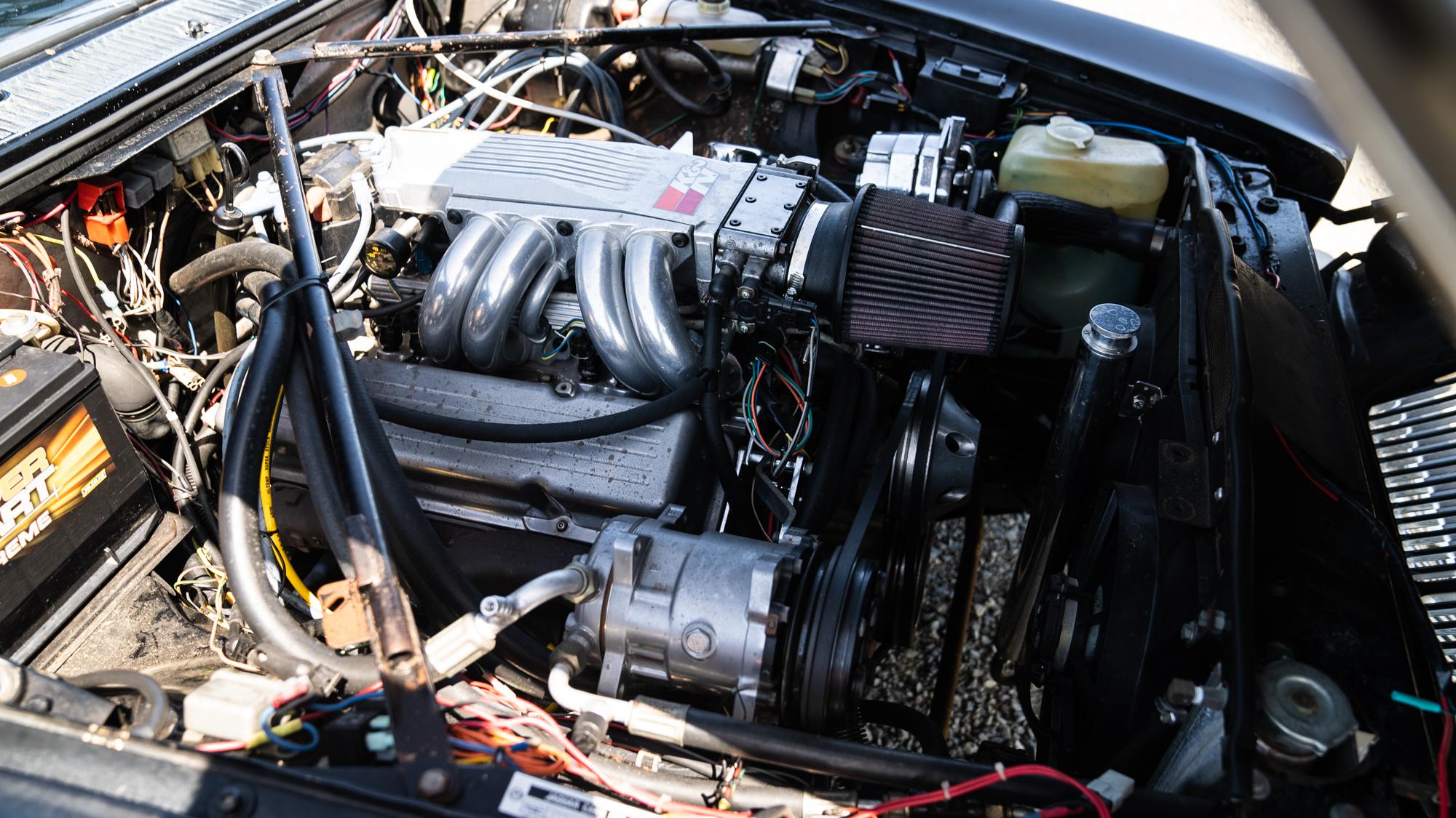 1986 Jaguar XJ6 v8 swap